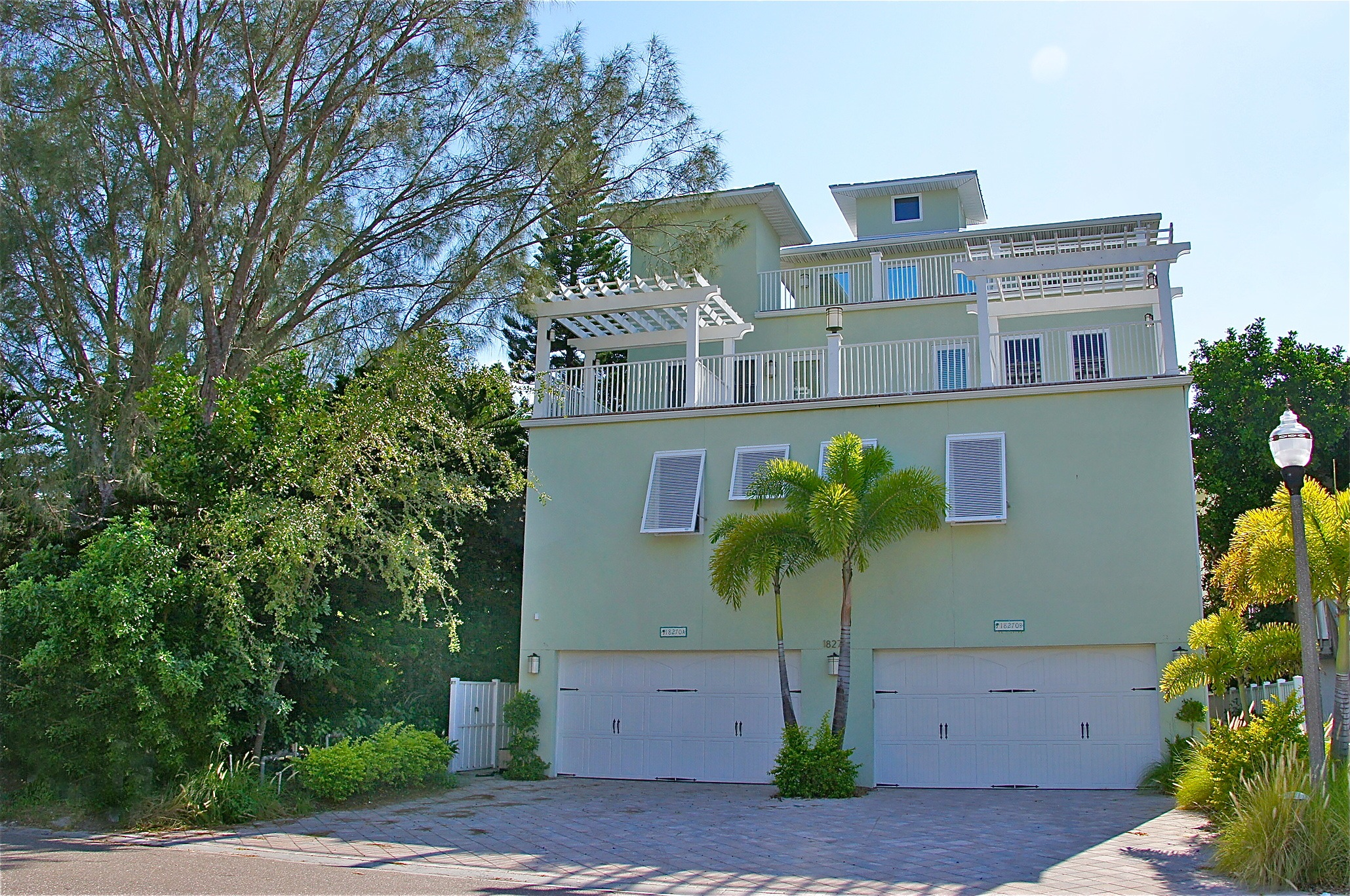 7336058 4/6/2 Redington Shores